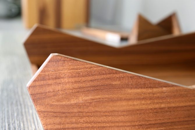 SKRIPT Briefablage Holz